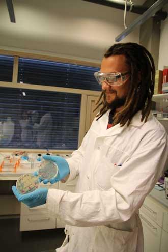 Adran Naas på laboratoriet