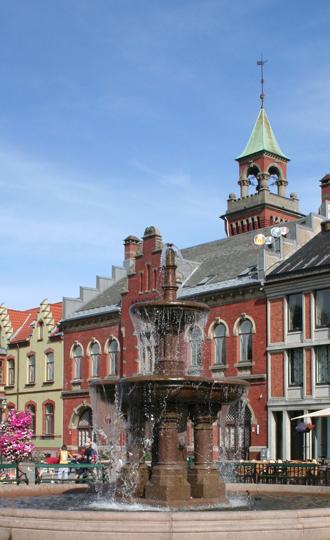 Bygninger og fontene
