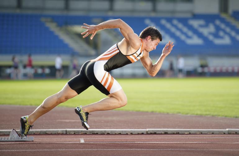 EKSPLOSIV STYRKE: Det såkalte sprintgenet avgjør om man har en bestemt type muskelfibre. Disse er til hjelp i sprint, vektløfting og andre idretter som krever en kortvarig kraftinnsats. Foto: iStock
