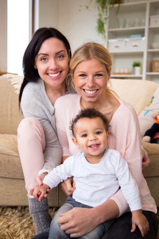 I 2009 fikk også likekjønnede kvinnelige par mulighet til å få assistert befruktning i Norge. (Illustrasjonsfoto: iStock)
